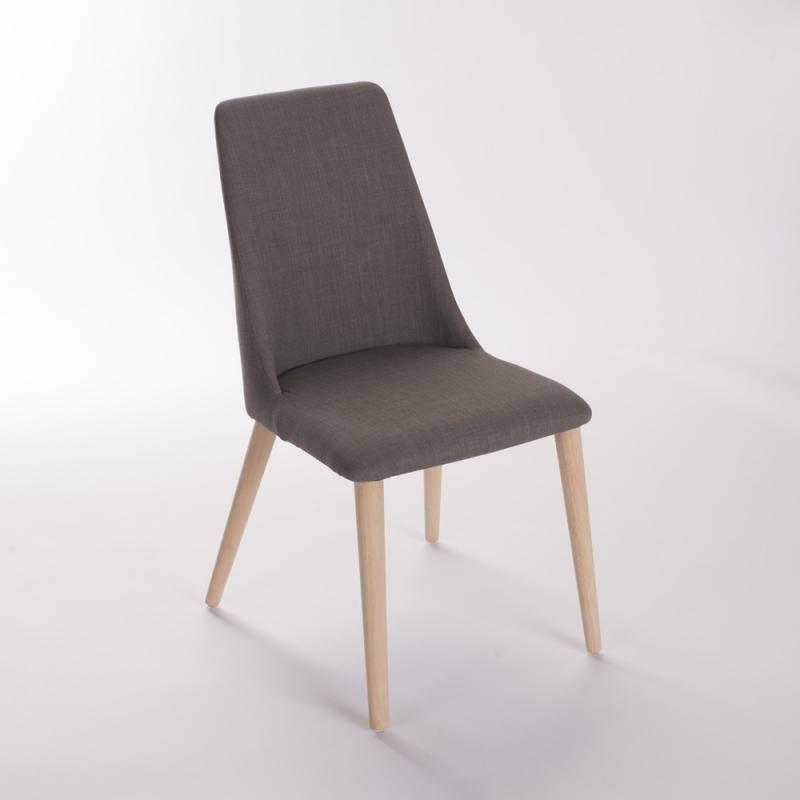 chaise vero le g ant du meuble. Black Bedroom Furniture Sets. Home Design Ideas
