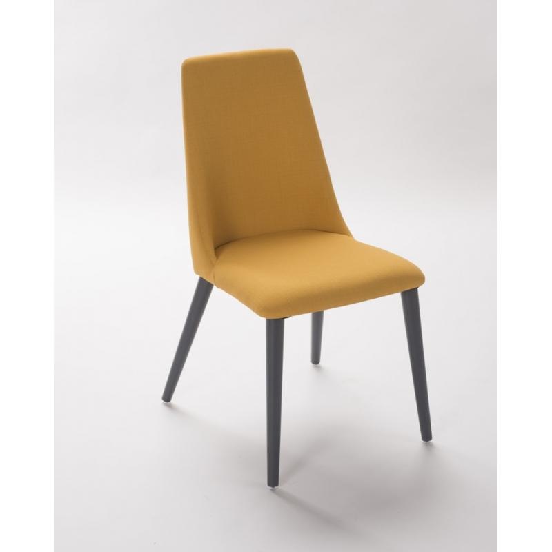 Chaise vero le g ant du meuble for Meuble chaise
